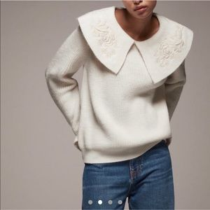 Vintage style Embroidered collar knit sweater.